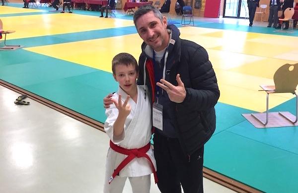 Axel, 3e aux championnats de ligue Karaté